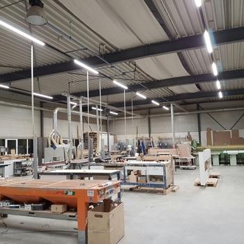 LED lijnverlichting in werkplaats : TTLed lijnverlichting in werkplaats